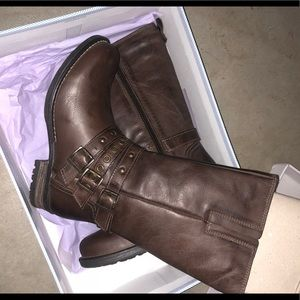 Brand new super cute boots!
